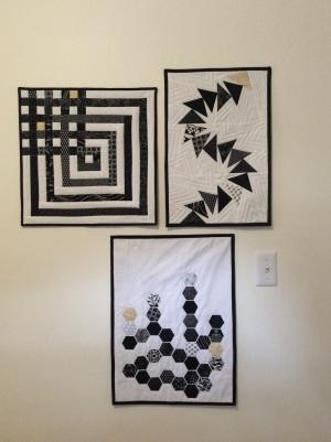 Black and white hexagon mini